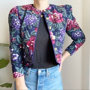 Vintage Quilted Floral Print Cropped Blazer Small